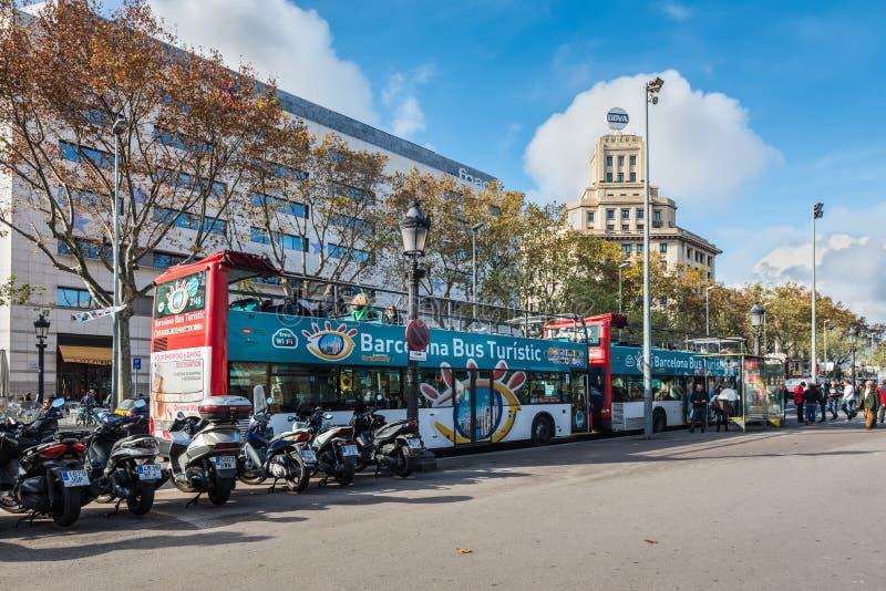 Fyrkant av Catalonia i Barcelona, Spanien royaltyfri fotografi