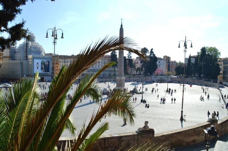 Fyrkant av folk, Rome royaltyfria foton