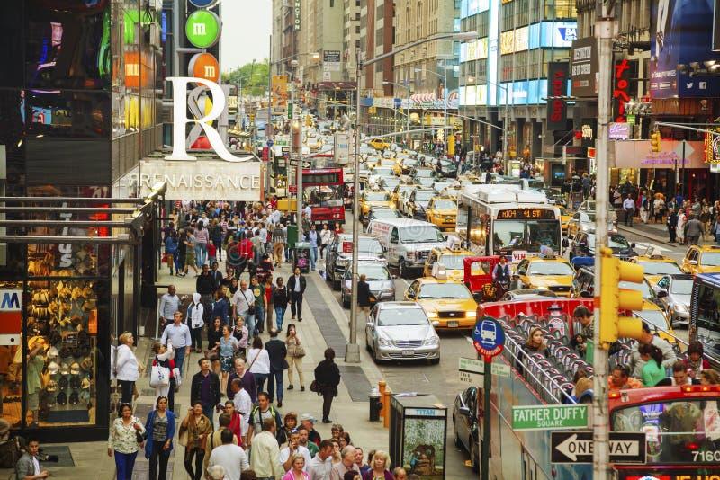 Fyrkant för rusningstid tidvis i New York City arkivbild