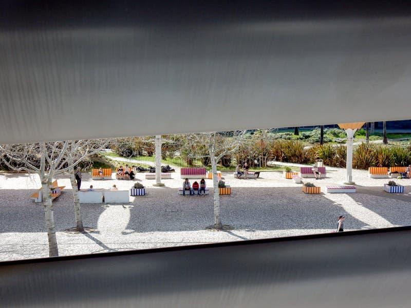 Fyrkant från Lissabon Oceanarium arkivbild