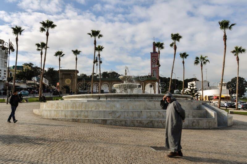 Fyrkant i den Tangier staden, Marocko arkivfoto