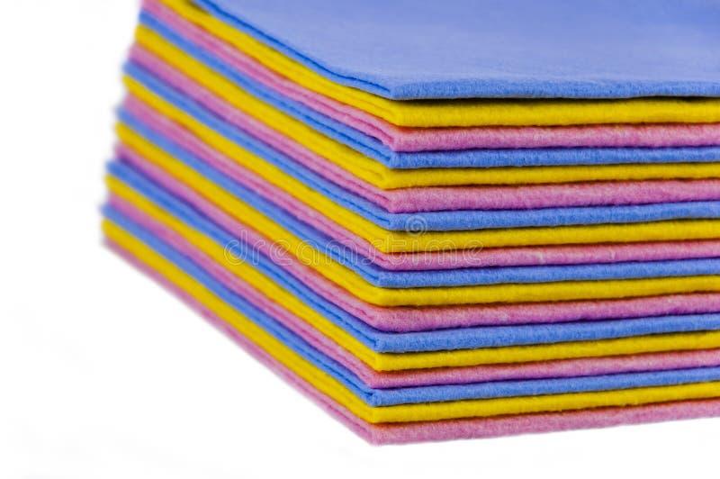Fyrkantiga färgservetter royaltyfri bild