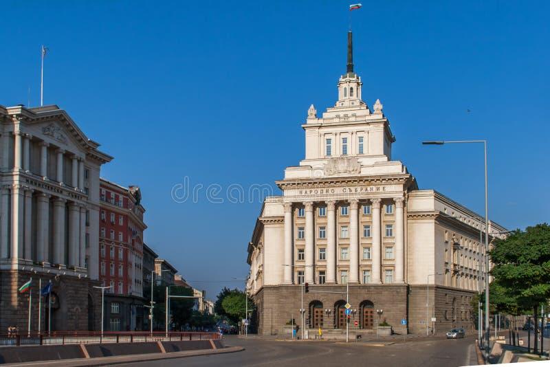 Fyrkantiga och stats- byggnader för självständighet, Sofia City arkivfoto