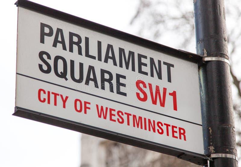 Fyrkantigt vägmärke för parlament royaltyfri foto