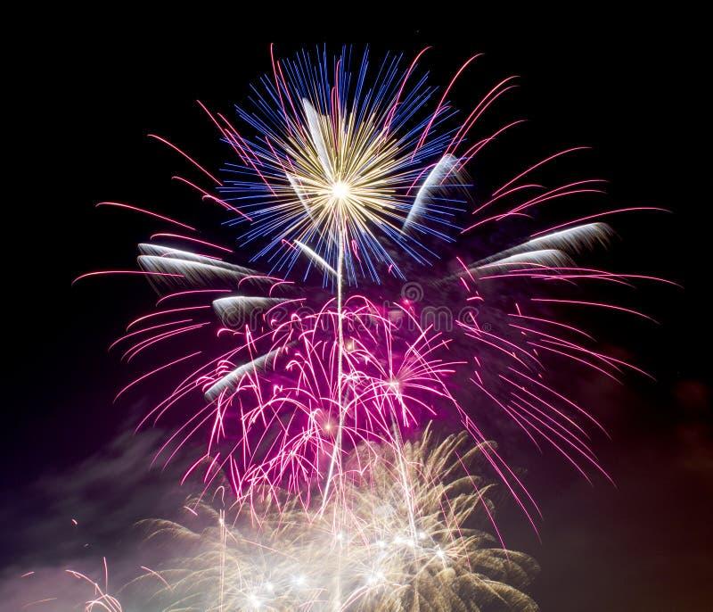Fyrverkerier på November 5th Guy Fawkes Night royaltyfri foto