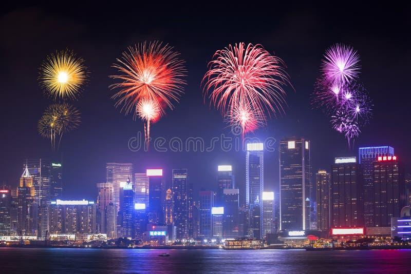 Fyrverkerifestival över den Hong Kong staden arkivbild