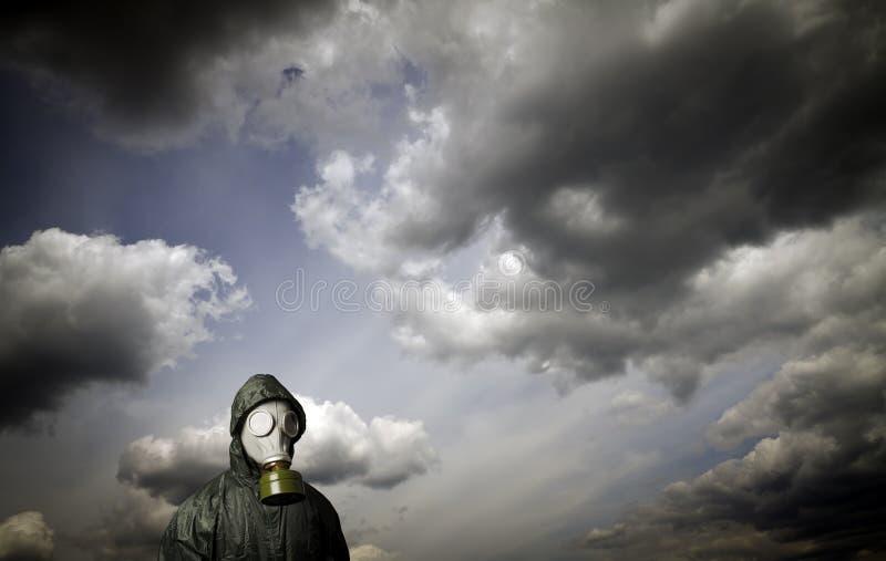 Gás mask Tema da sobrevivência imagem de stock