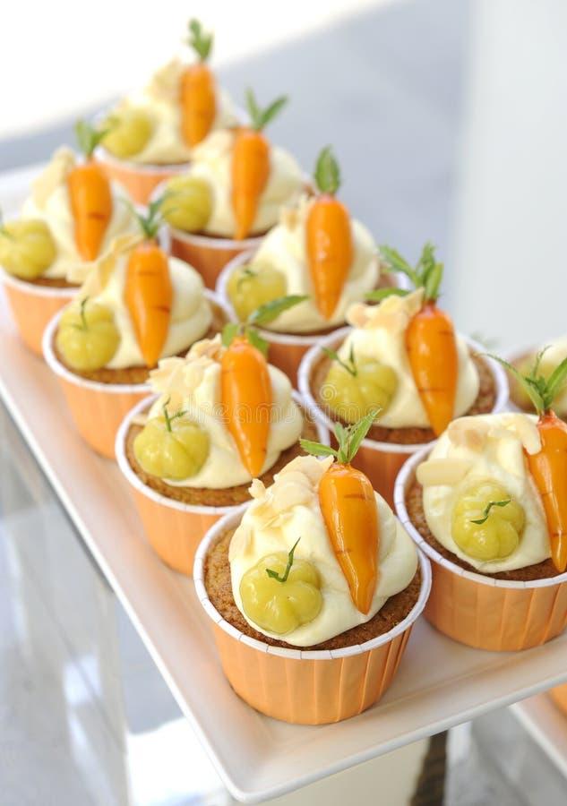 Gâteau à la carotte fait maison image libre de droits