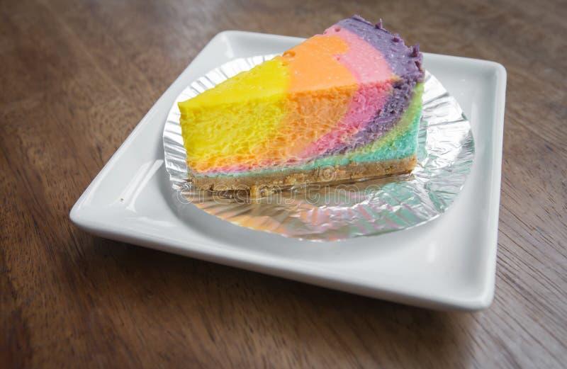 Download Gâteau image stock. Image du délicieux, décor, fourchette - 45358805