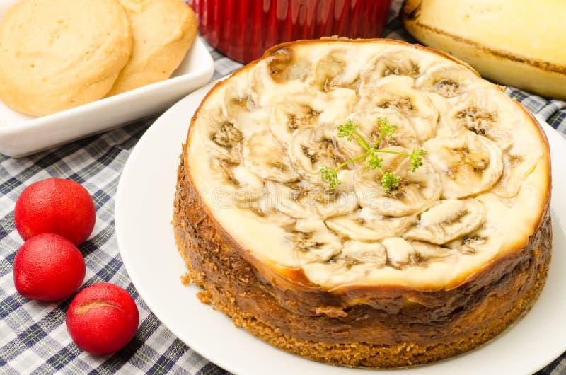 Gâteau au fromage de caramel de banane image stock