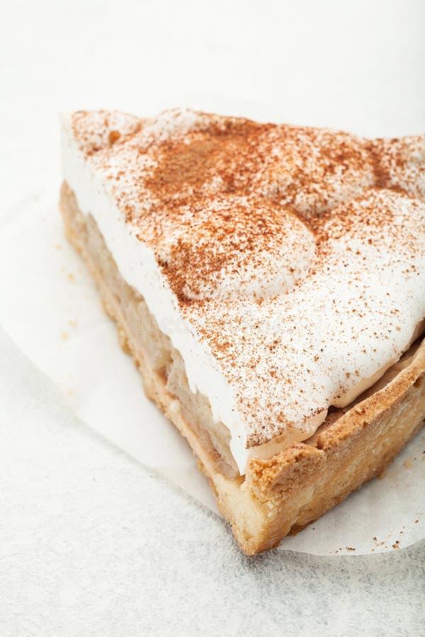 Gâteau au fromage doux avec du cacao et la cannelle image stock