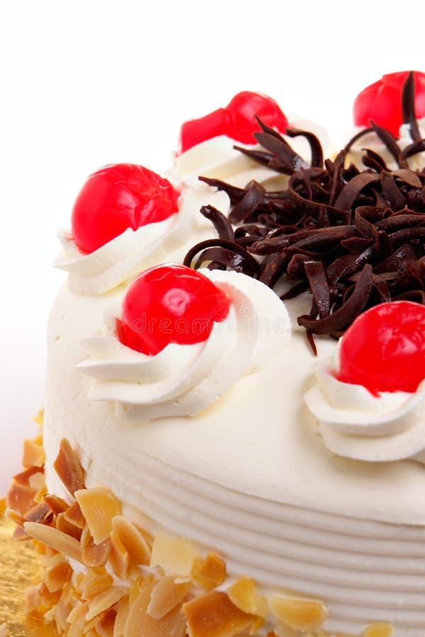Gâteau avec des cerises photos libres de droits