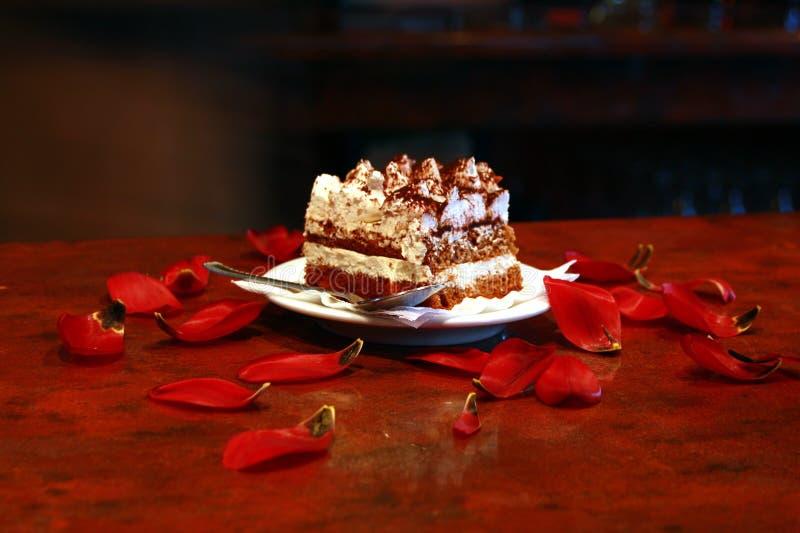 Gâteau crème fouetté photographie stock libre de droits