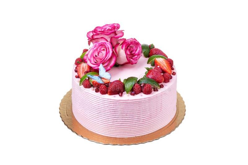 Gâteau crème rose fait de fruits, fraises, et roses Les vacances photo stock