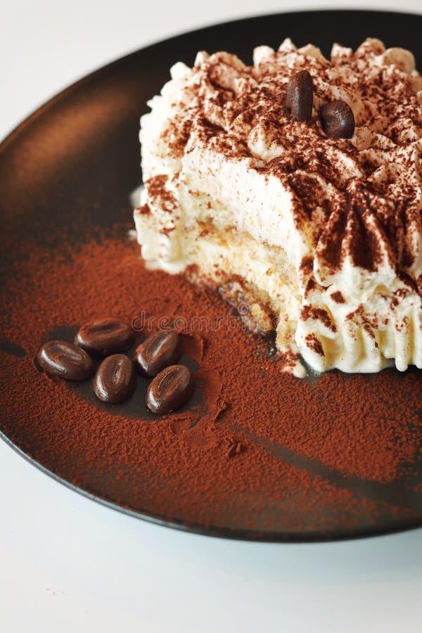 Gâteau crémeux de tiramisu de temps de dessert photos libres de droits