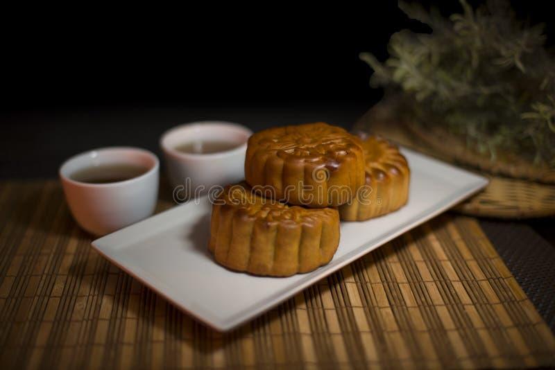 Gâteau délicieux traditionnel chinois de lune de nourriture images stock