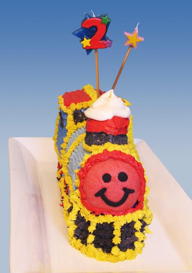 Gâteau d'anniversaire de train photographie stock