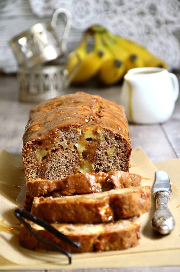 Gâteau d'Apple et de banane photos stock