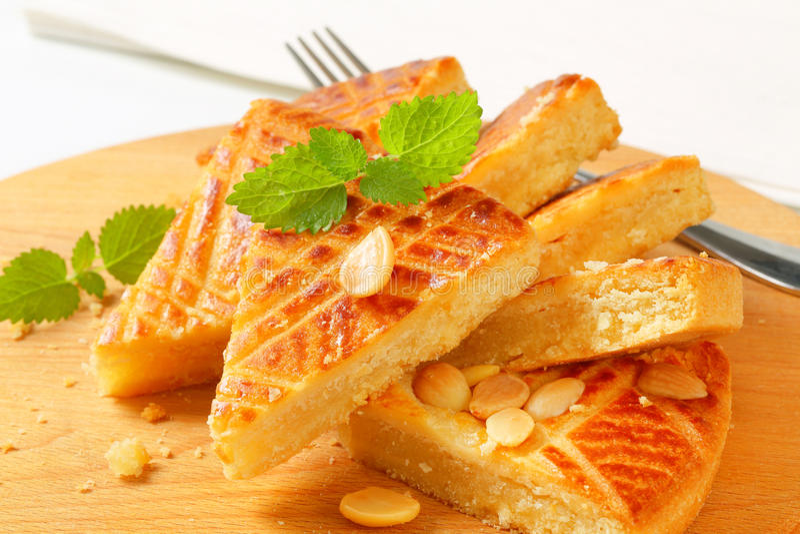 Gâteau de beurre d'amande images libres de droits