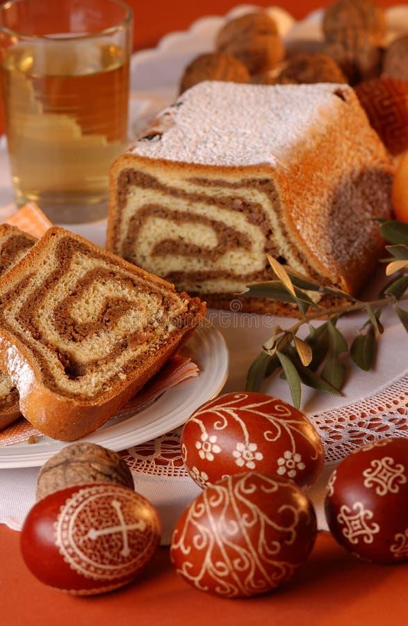 Gâteau de châtaigne pour Pâques photographie stock libre de droits