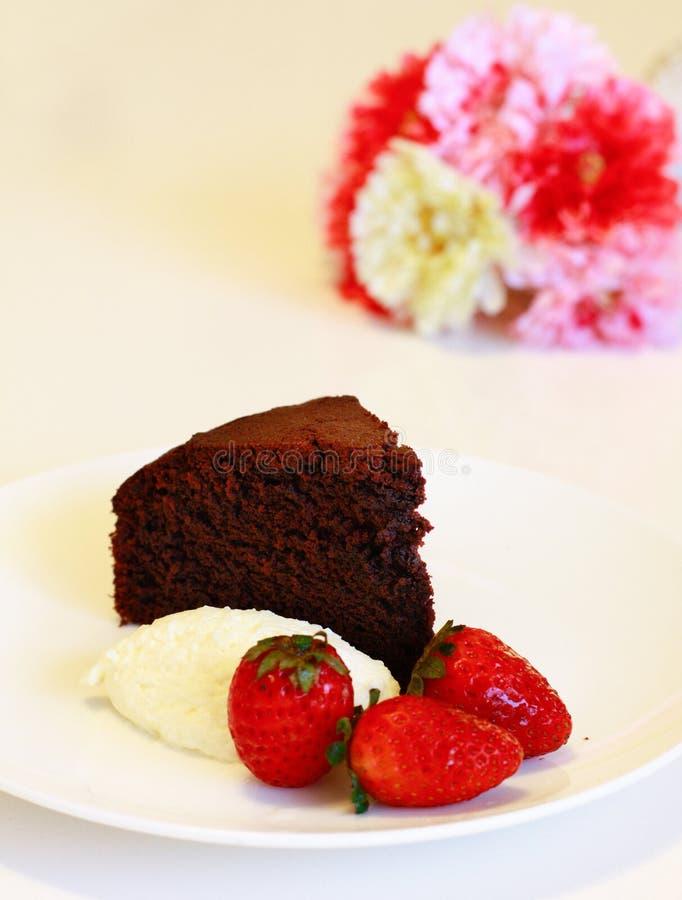Gâteau de chocolat moite photo stock
