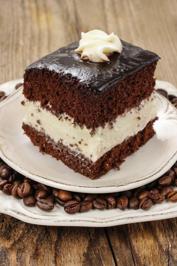 Gâteau de couche noir et blanc images stock