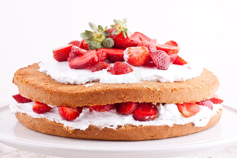 Gâteau de crème de fraise photo libre de droits