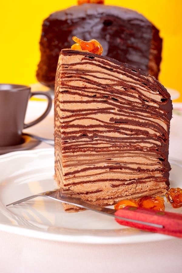 Gâteau de crêpes de chocolat photographie stock