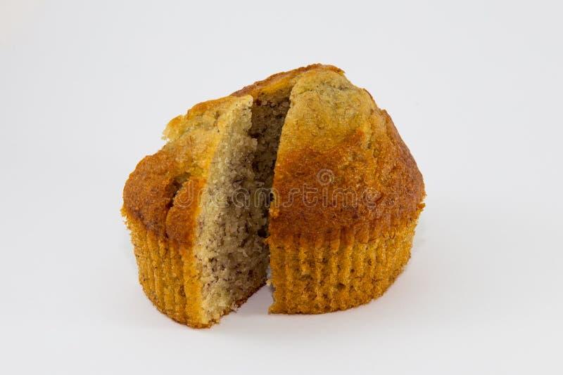 Gâteau de cuvette de banane d'isolement sur le fond blanc photos libres de droits