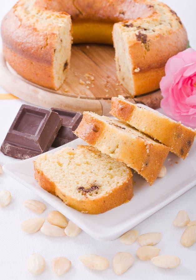Gâteau de forme annulaire. photographie stock