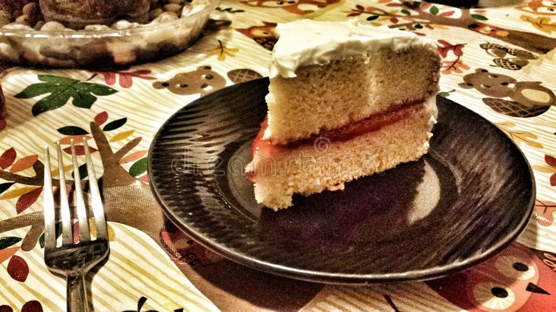 Gâteau de fraise de Vegan photos stock