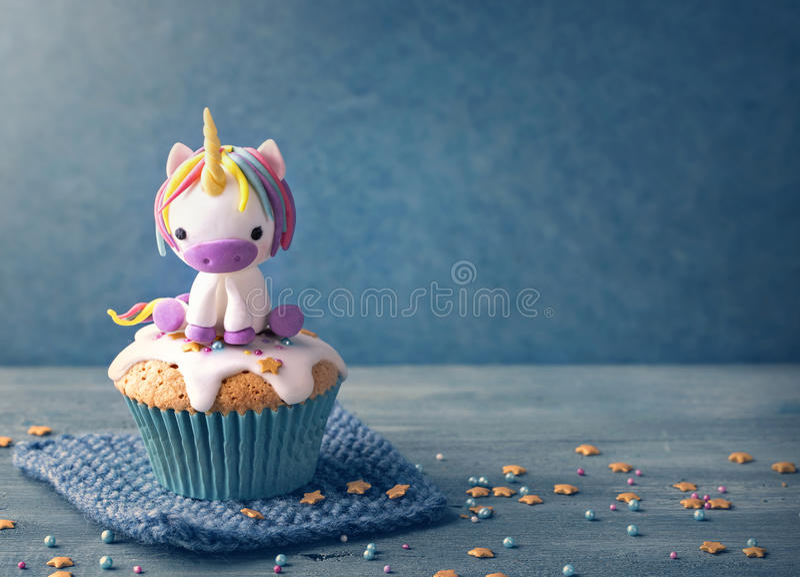 Gâteau de licorne images stock