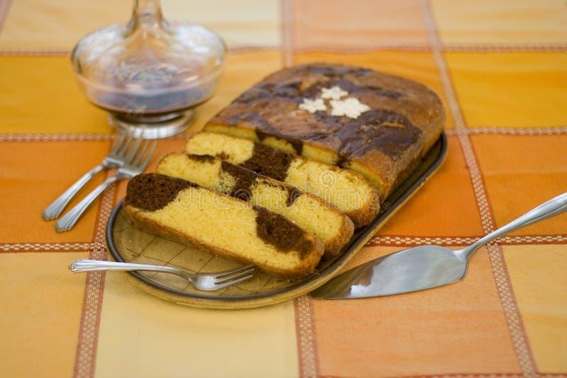 Gâteau de marbre photographie stock libre de droits