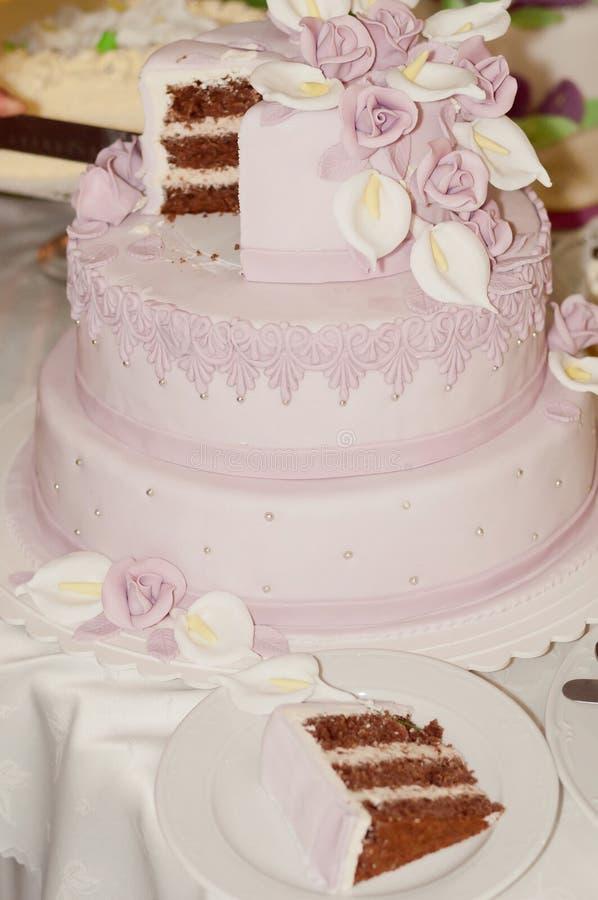 Gâteau de mariage de fantaisie photos stock