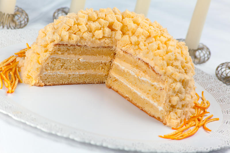 Gâteau De Mimosa Photographie stock libre de droits