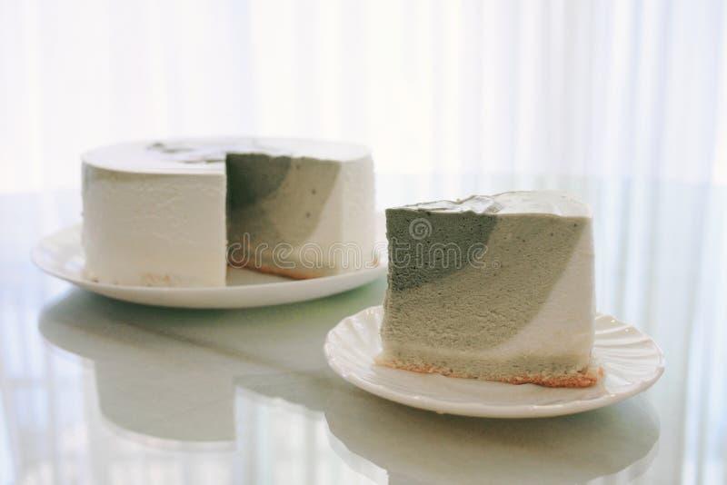 Gâteau de mousse de thé vert de Matcha images libres de droits