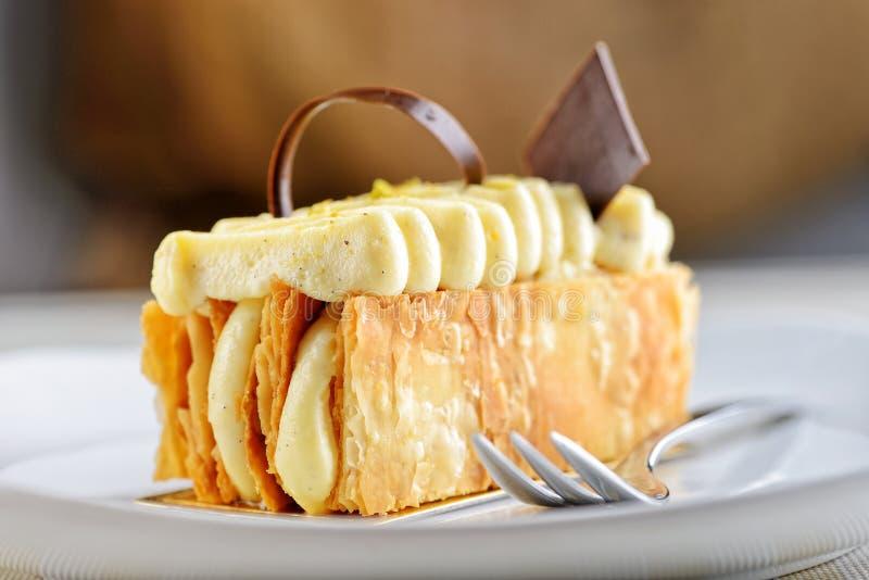 Gâteau de napoléon photographie stock libre de droits