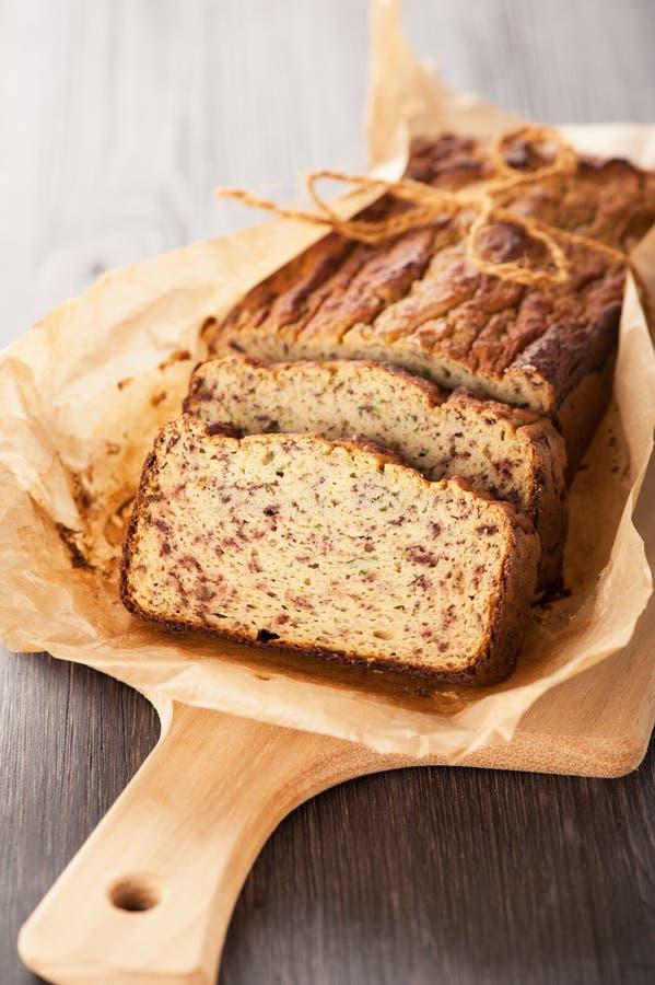 Gâteau de pain fait maison. Gluten-gratuit photographie stock