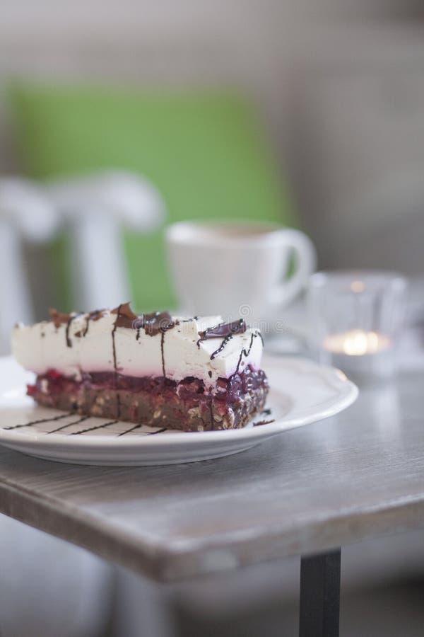 Gâteau de plat image libre de droits