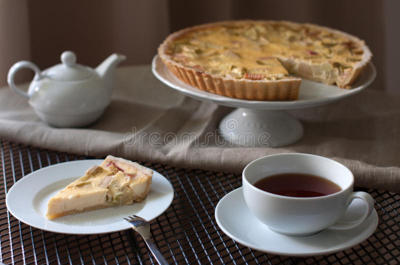 Gâteau de rhubarbe image libre de droits