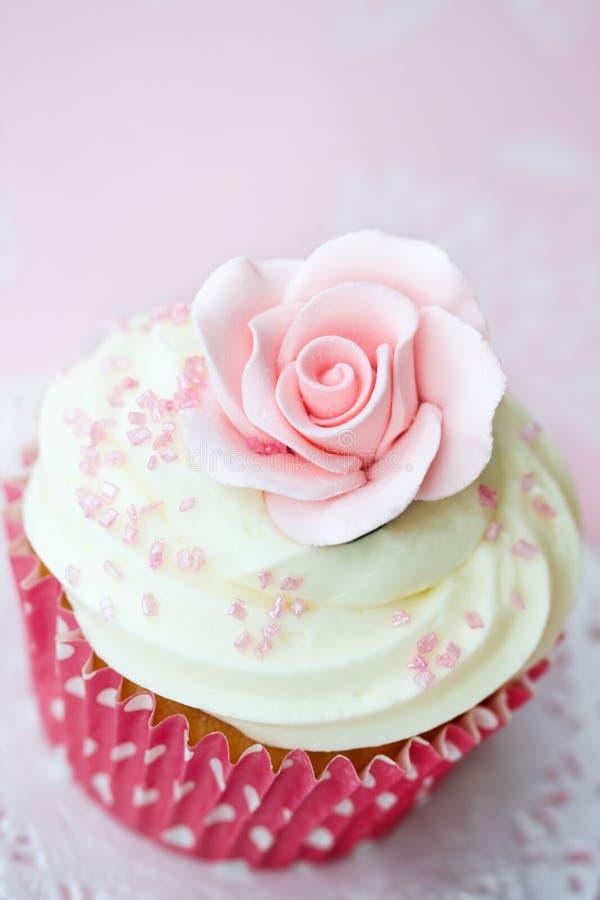 Gâteau de Rose photo stock