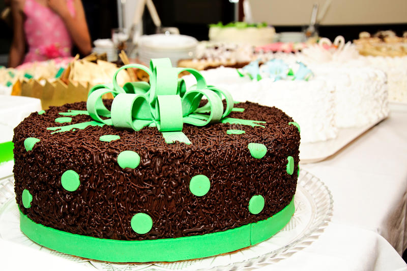 Gâteau de vert de chocolat images stock