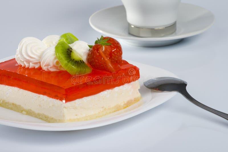 Gâteau doux d'été photo stock