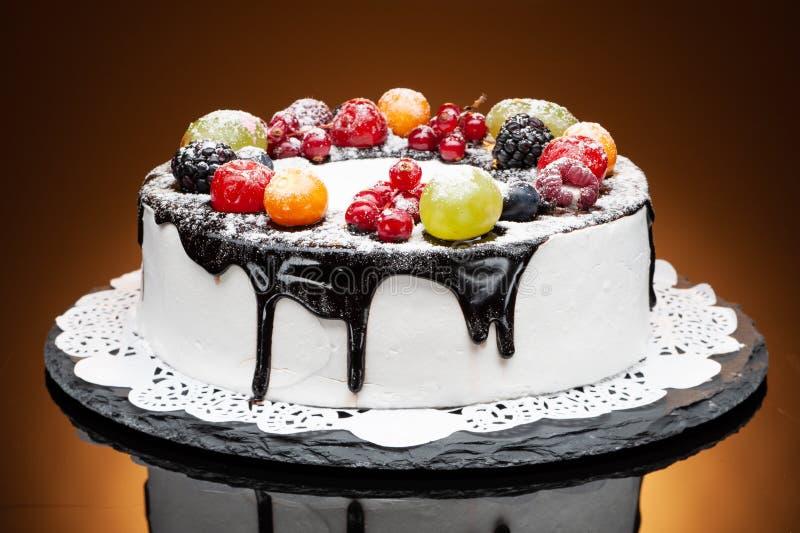 Gâteau doux de fruit image libre de droits