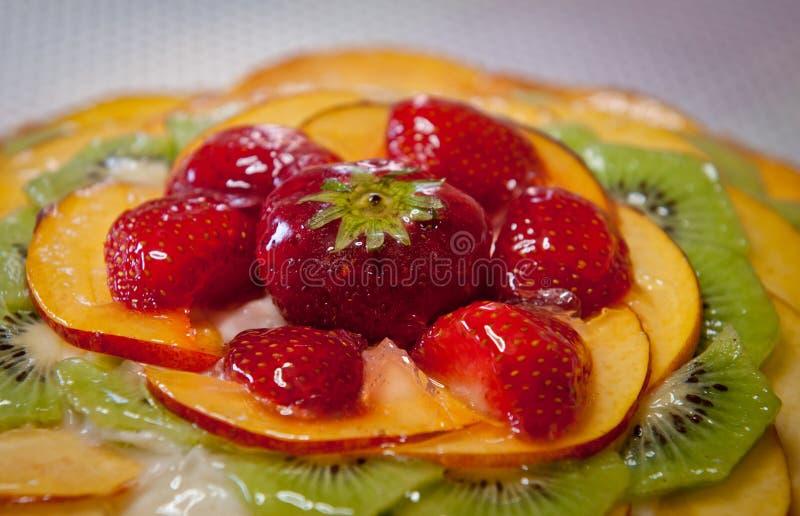 Gâteau doux de fruit frais délicieux image stock
