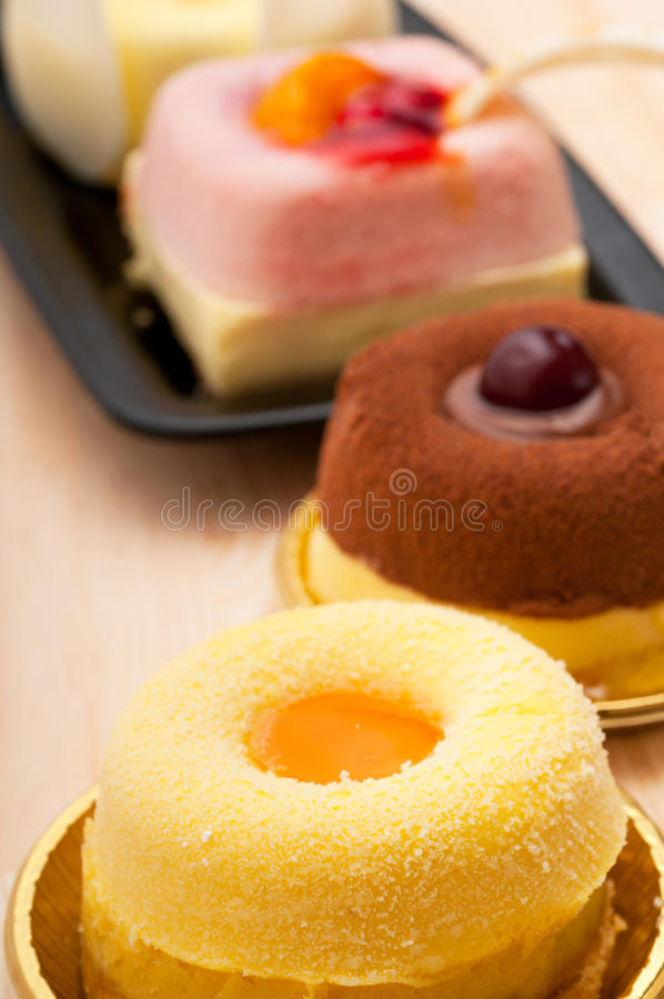 Gâteau frais de baie photo libre de droits