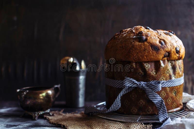 Gâteau italien doux de panettone photo libre de droits
