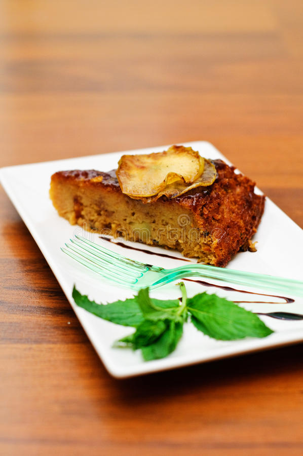 Gâteau moite d'Apple photos stock