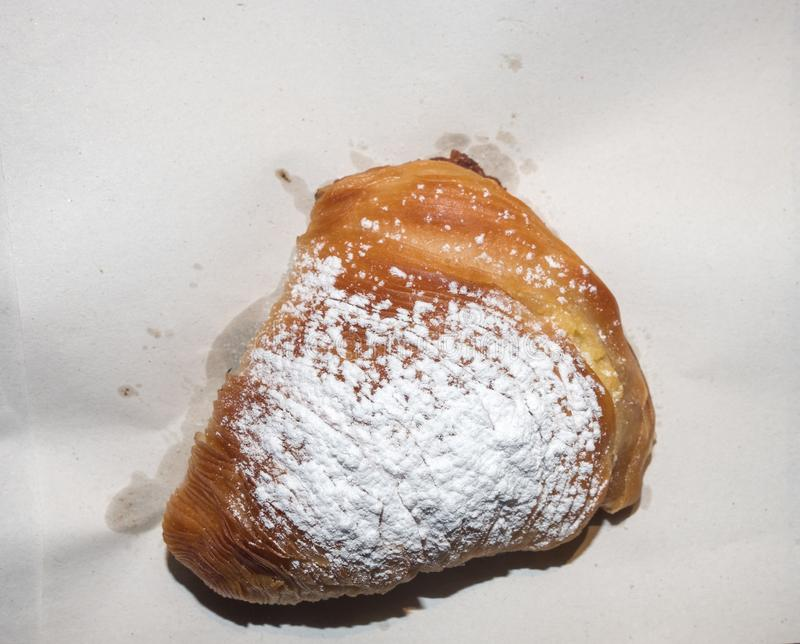 Gâteau napolitain, sfogliatella photos stock