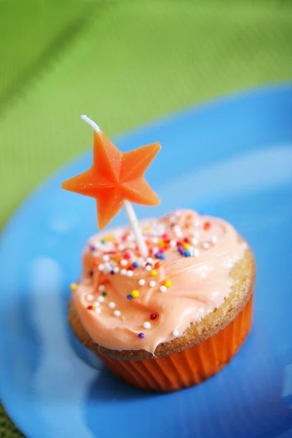 Gâteau orange de cuvette photo stock